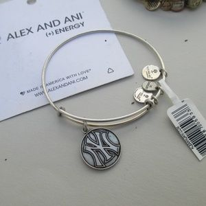 RARE RETIRED* Alex & Ani Yankees Bracelet
